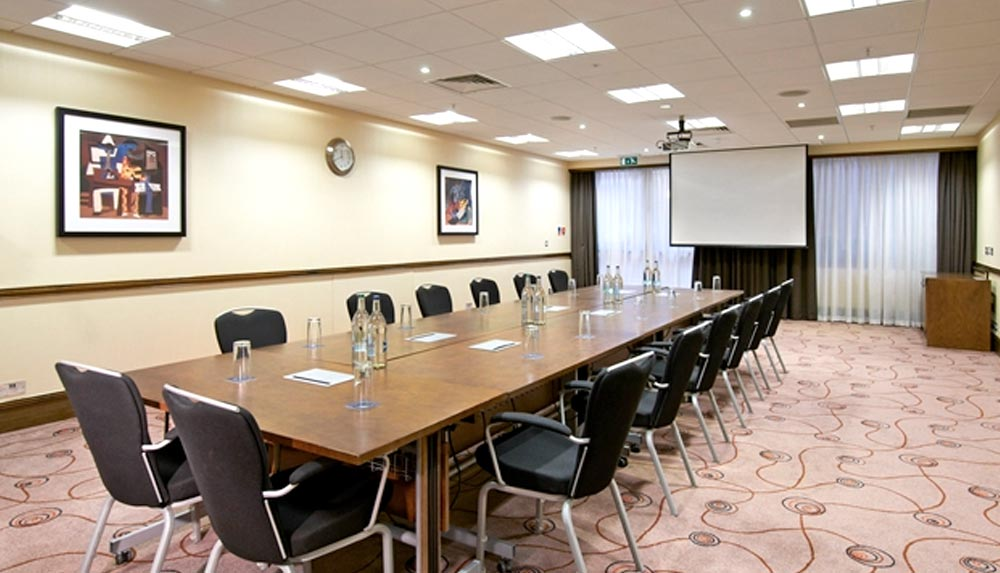 Hilton Metropole meeting room for management training