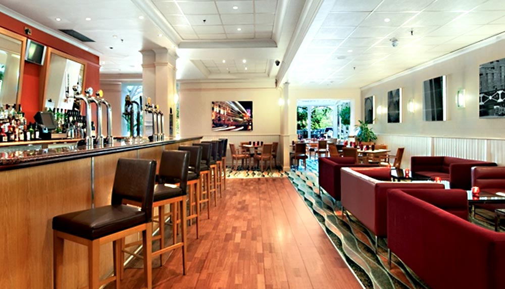 Hilton Metropole Birmingham management training venue bar