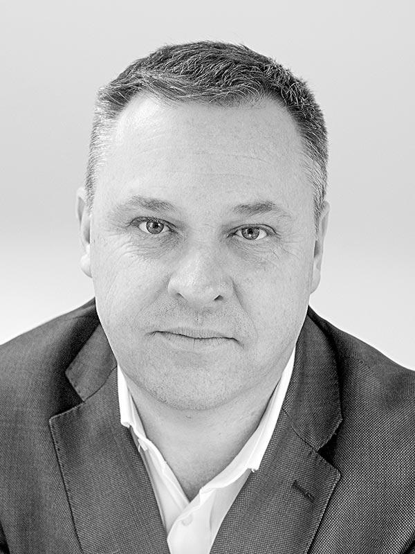 Huw Tuckett – Management consultancy team