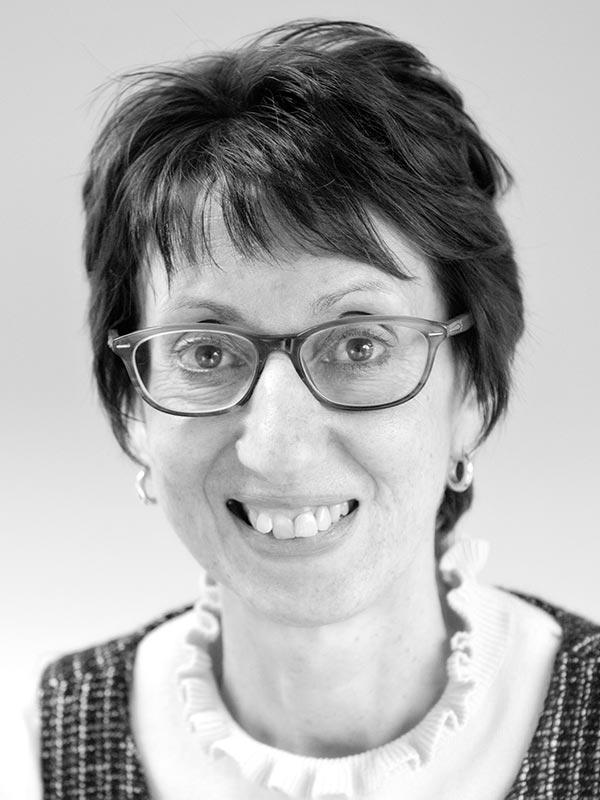 Yvonne Blandford – Management consultancy team