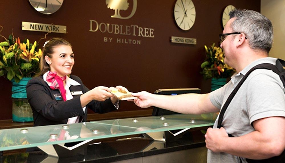 Milton Keynes DoubleTree Hotel reception